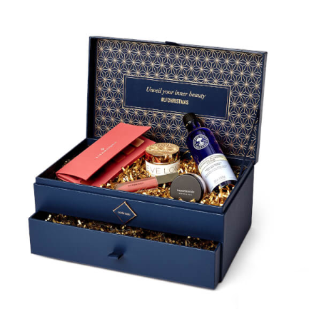 【限时7.5折】Lookfantastic 圣诞宝盒 内含10件正装产品 £75(约670元)