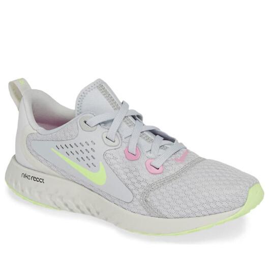 NIKE Legend React Running Shoe 童款运动鞋 .3(约418元)