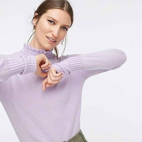 花边领针织衫