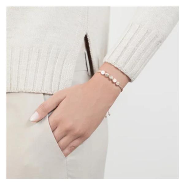 Linear Bead 手链